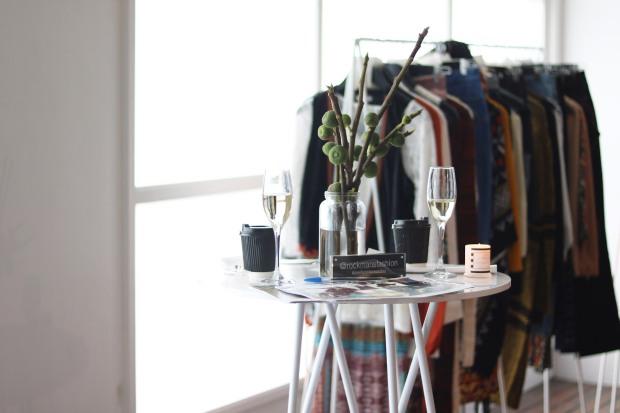 monochrome-style-smorgasbord-white-blouse-16