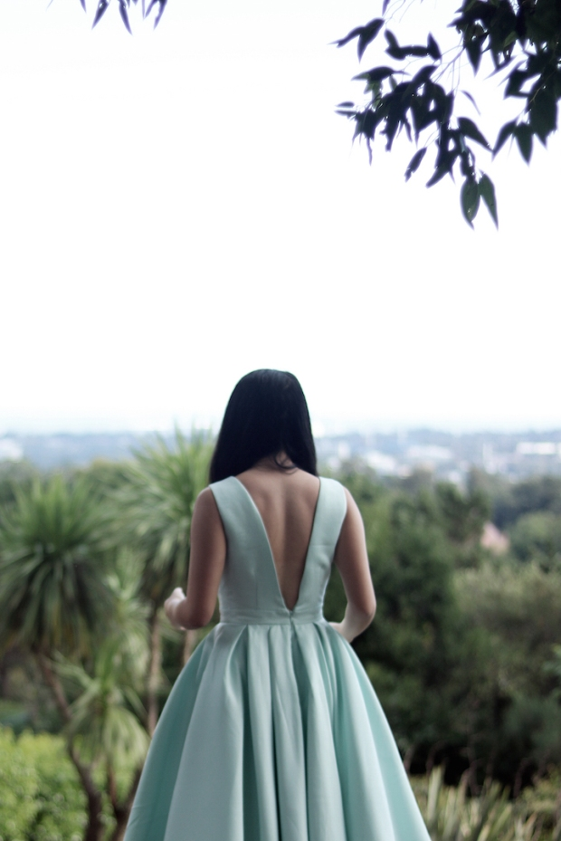 low-back-full-dress-chi-chi