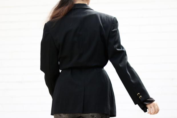 style-smorgasbord-belted-blazer-3